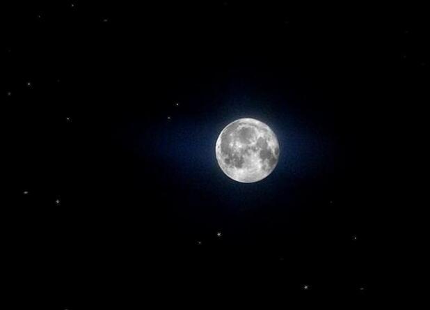 canvas浩瀚夜空中繁星景色js特效代码